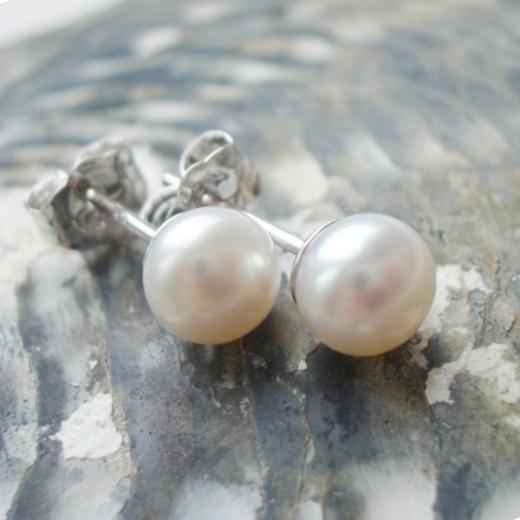 a5959994c 6mm Freshwater Pearl Stud Earrings - £22.00 - Simply Pearls online Pearl  Jewellery Shop